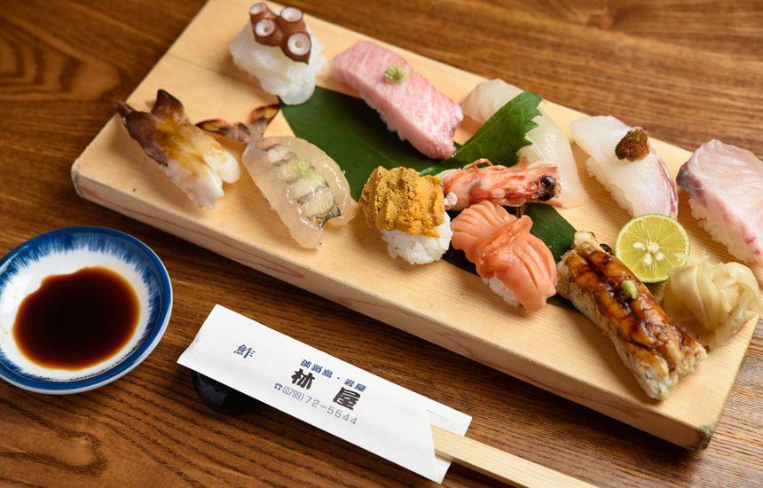 老舗鮮魚店が営む淡路島の魚にこだわった寿司屋 林屋鮓店 おでかけコロカル 淡路 洲本編 食べ物のアイデア 鮮魚 寿司