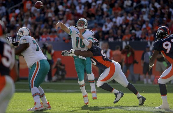 ca6e7759923 Kenny Peterson Photos Photos  Miami Dolphins v Denver Broncos ...