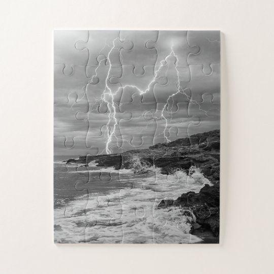 Puzzle de una tormenta electrica en la costa