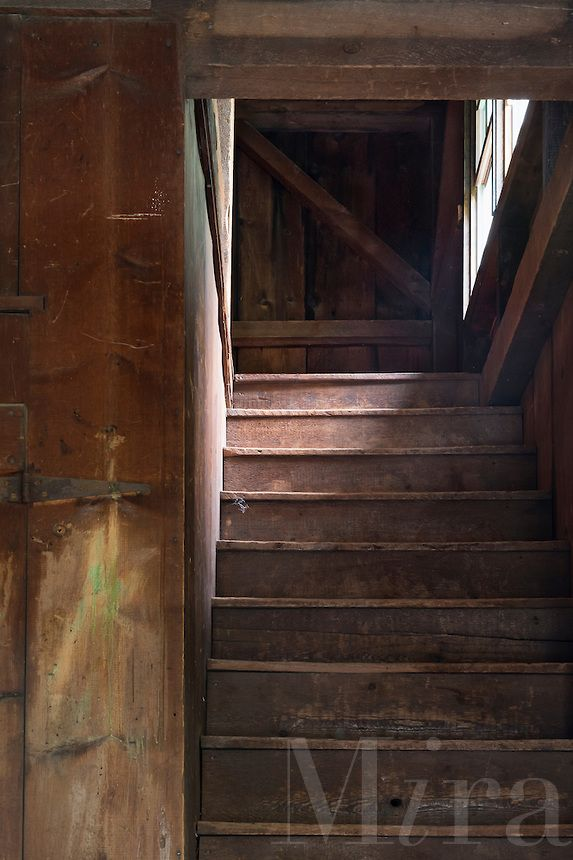 Best Old Attic Stairs Because How Do You Get To The Old Attic 400 x 300