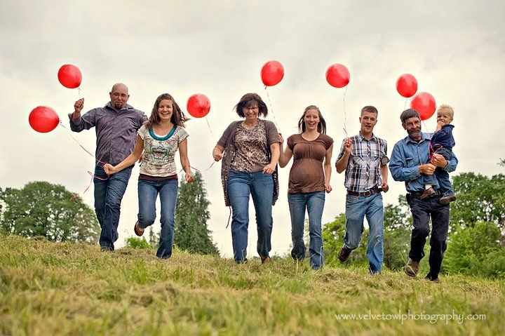 large family w ballons