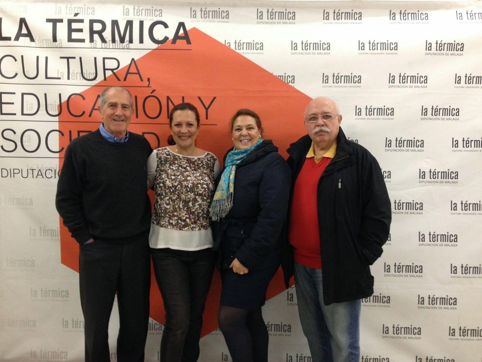 Esta semana ha tenido lugar, en la Térmica, de Málaga, el curso de Egiptología organizado por el Instituto de Estudios del Antiguo Egipto sobre Religión en el antiguo Egipto, al que ha asistido la Presidenta de la Asociación de Mujeres Najmarabic. En la fotografía, junto a los Profesores José María Saldaña, Teresa Bedman y Francisco Martín Valentín.
