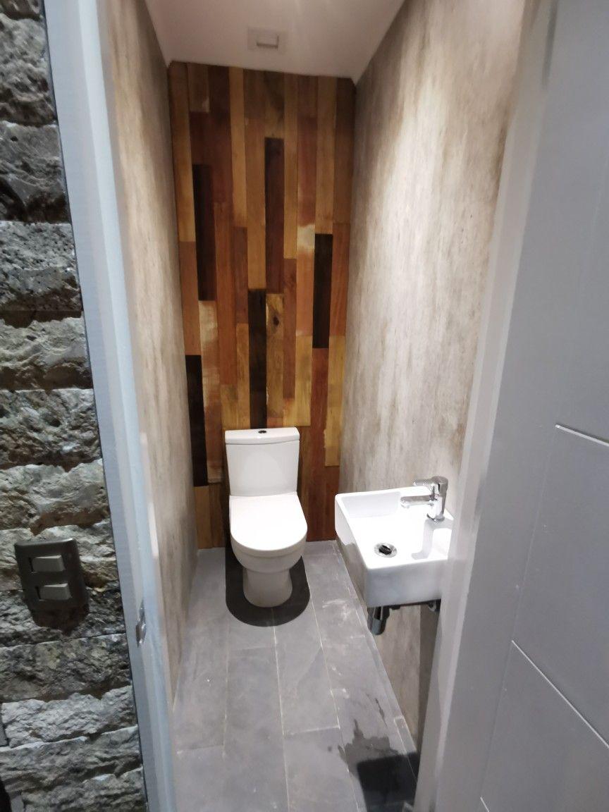 Baño quincho   Cuartos de baños pequeños, Quinchos, Techo ...
