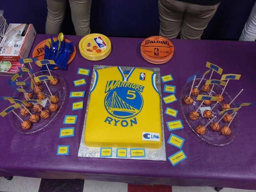 Golden state warriors bday party basketball cake pops