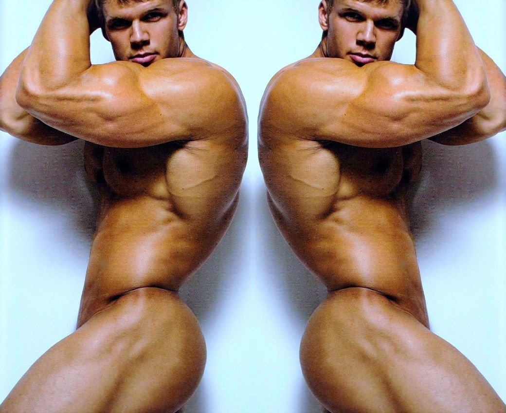 Muscular, masculine, magnificent! From http://pecfreak.tumblr.com/post/149842065886
