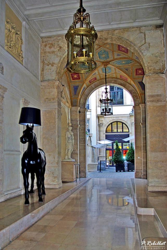 entrée de l'ancien hôtel particulier de pourtalès - 7 rue tronchet, Innenarchitektur ideen