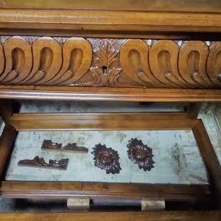 Guarneri Venerio Restauro Ligneo - Servizio di restauro di mobili ...