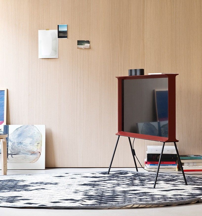Serif television designed by Bouroullec brothers for Samsung
