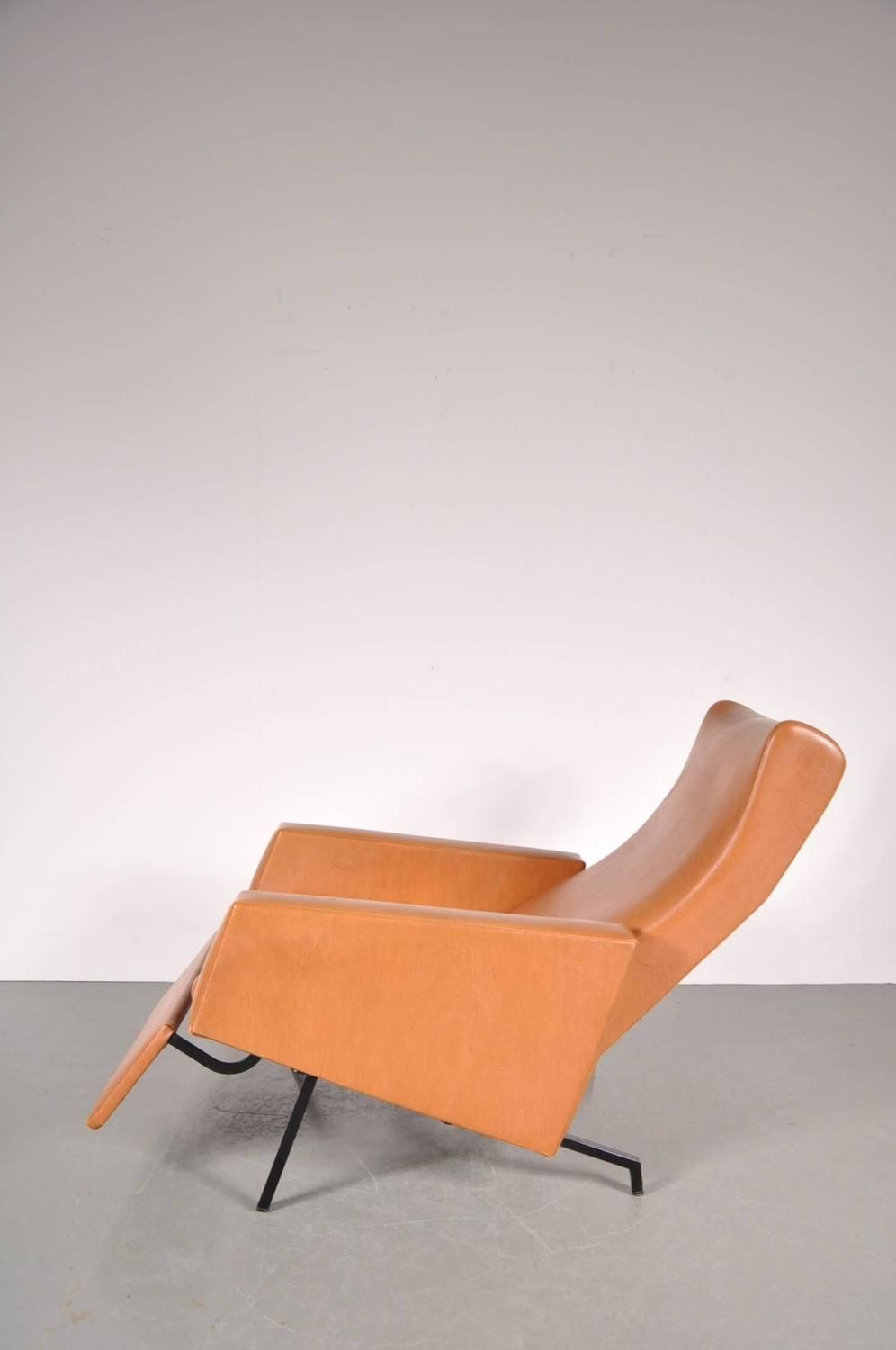 Trelax Chair By Pierre Guariche Manufactured By Meurop Belgium Circa 1950 1stdibs Com Vintage Lounge Chair Reclining Sofa Chair