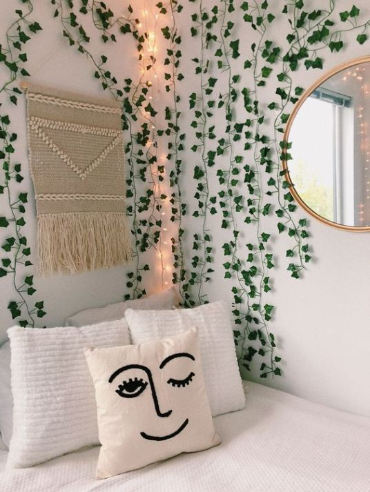 10 dorm decorations you need to turn your room into a garden oasis - dormitory