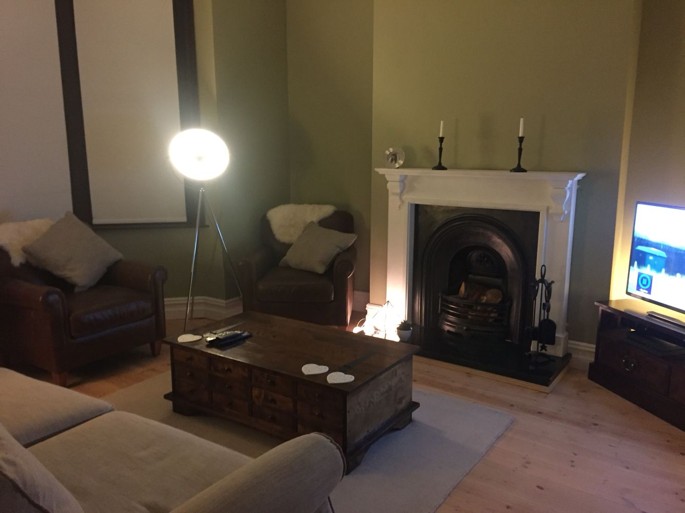 Cosy Victorian Living Room In Green With Traditional Fireplace Philips Hue Builds Cotton