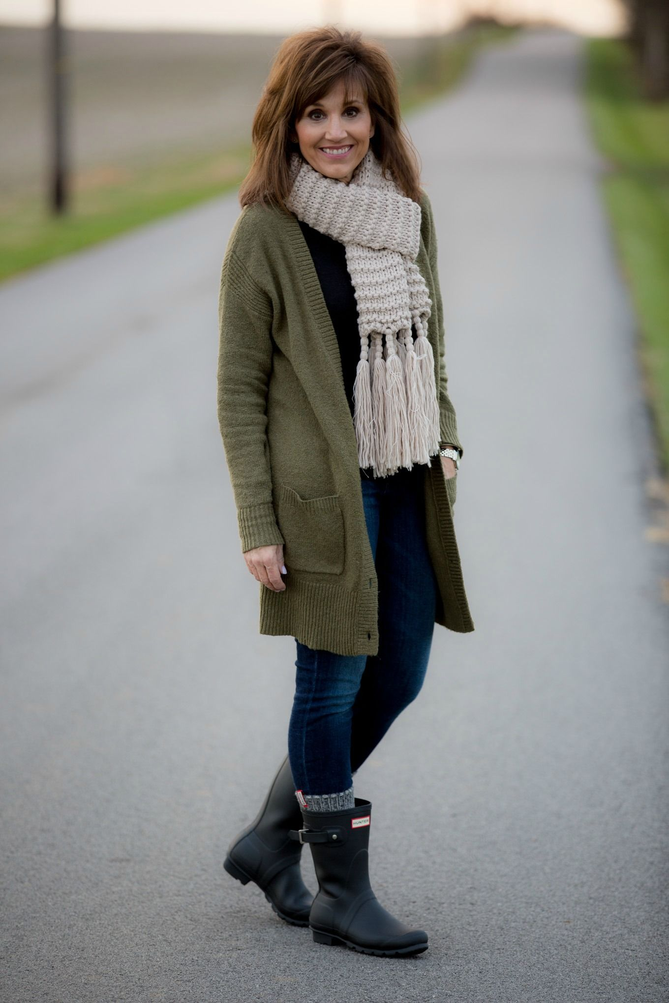 0553996408a31 How To Style Hunter Boots-Winter Fashion | casual winter outfits ...
