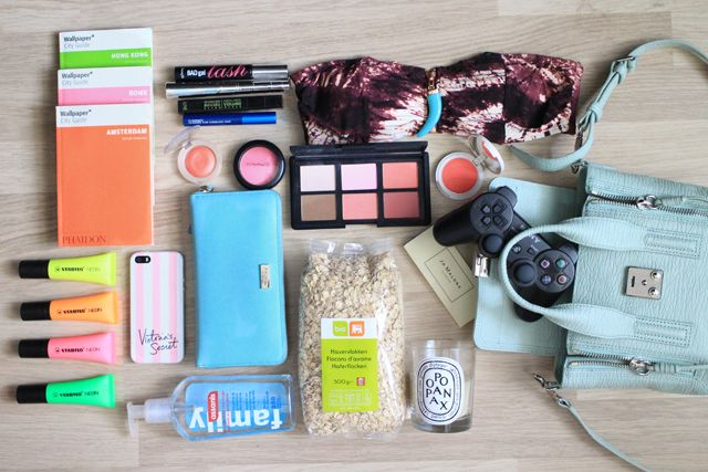 Style playground: what's in my bag