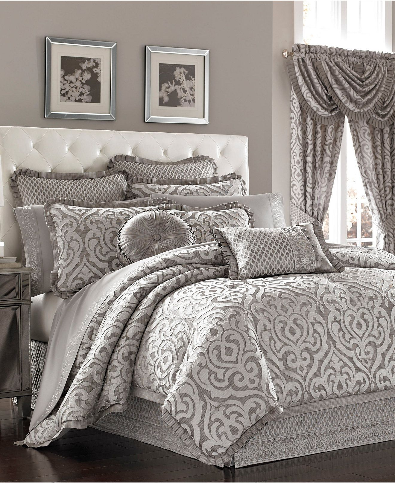 Queen new york luxembourg comforter set in antique silver bed - J Queen New York Babylon Queen Comforter Set