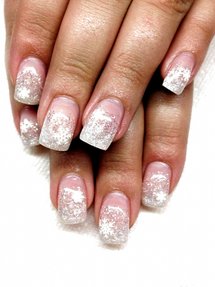 Nageldesign Weihnachten Muster Naegel Muster In 2020 Christmas Nail Art Designs Bright Nail Art Snowflake Nail Art