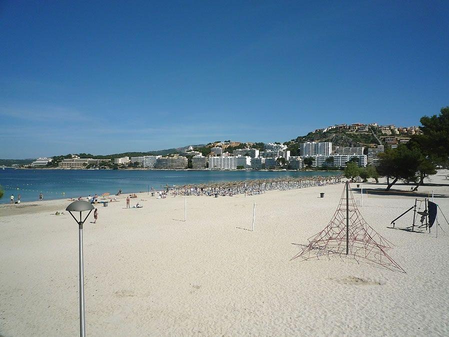 Santa Ponsa Beach, South-West Mallorca | SeeMallorca.com