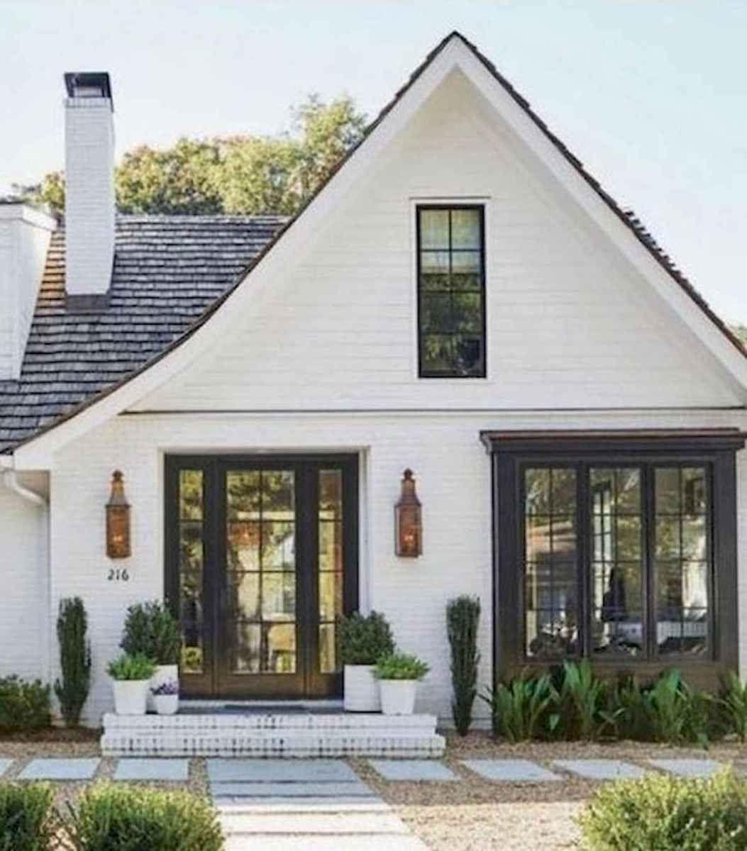 40 Stunning White Farmhouse Exterior Design Ideas 24 White Exterior Houses Modern Farmhouse Exterior White Farmhouse Exterior