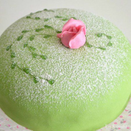 estelle tårta recept