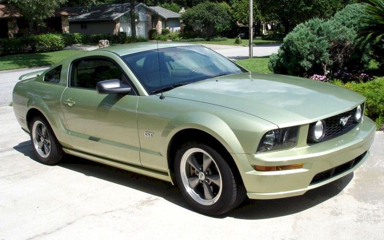Legend Lime Green 2005 Mustang Gt Coupe 2005 Ford Mustang Mustang Ford Mustang Shelby Cobra