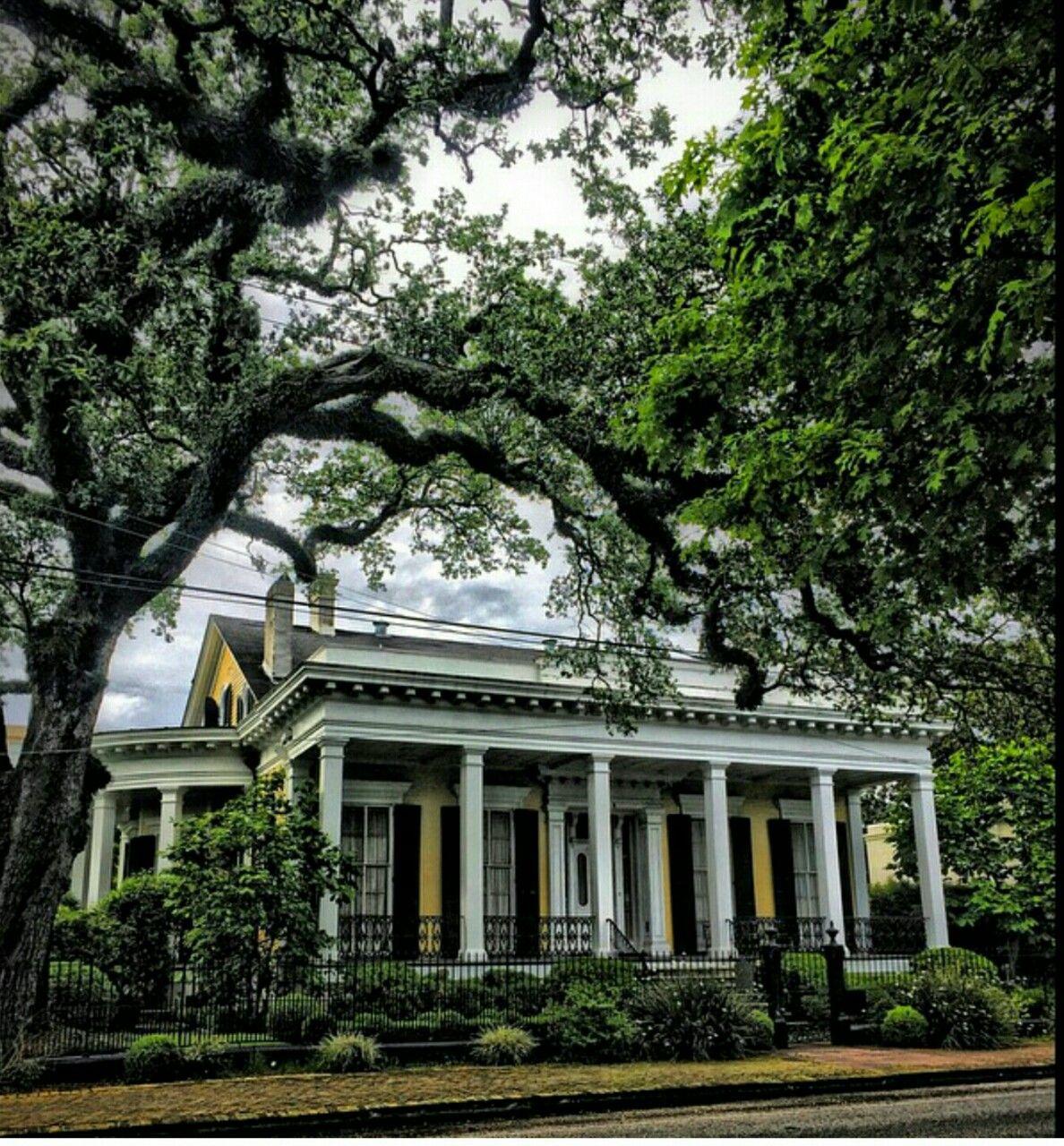 "alwayswhattheheartwants: ""Garden District, New Orleans """