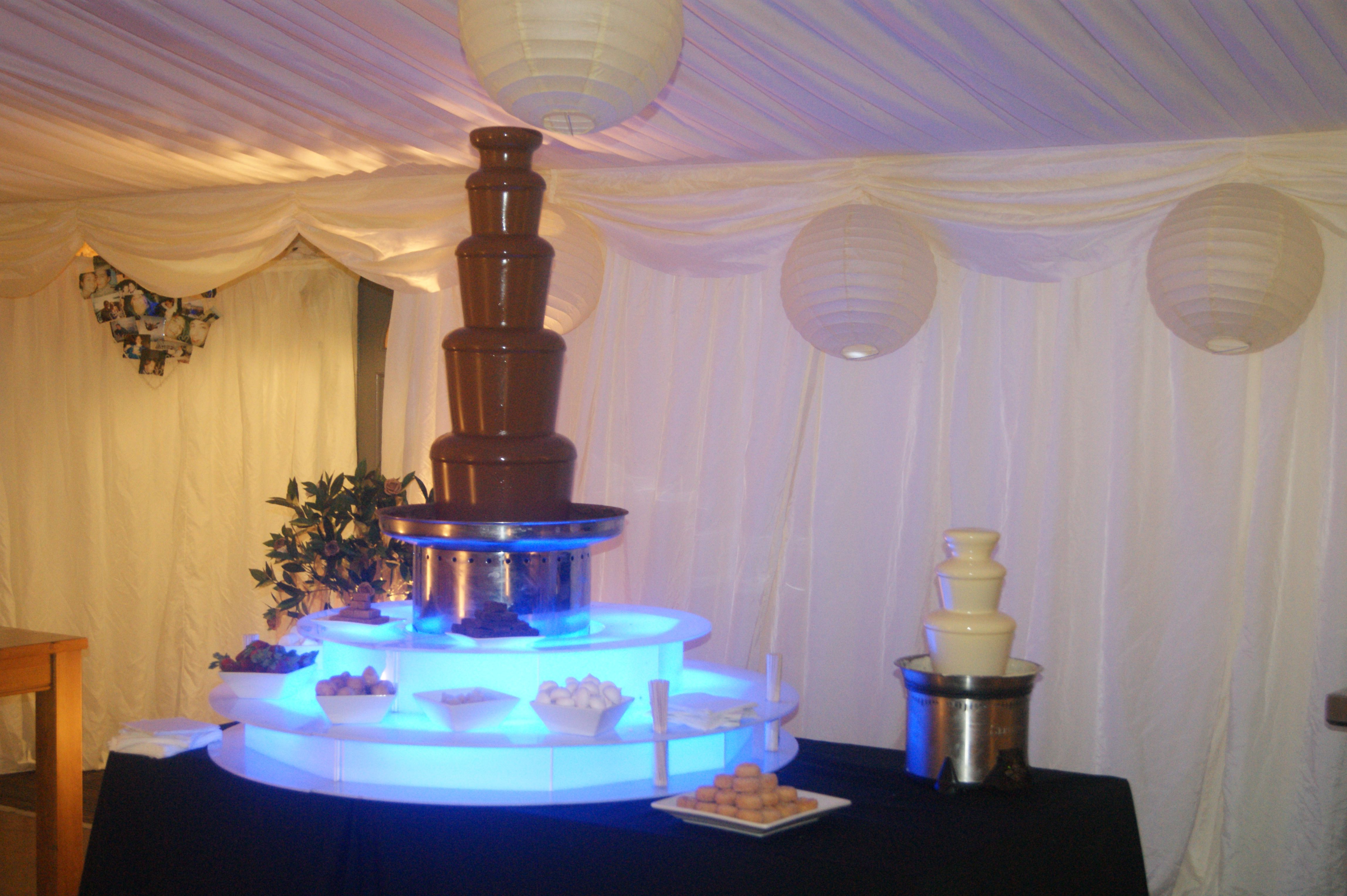 Chocolate Fountain On Lighted Tiers