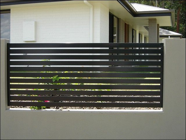 In Love With The Horizontal Slats And Paint Cercas