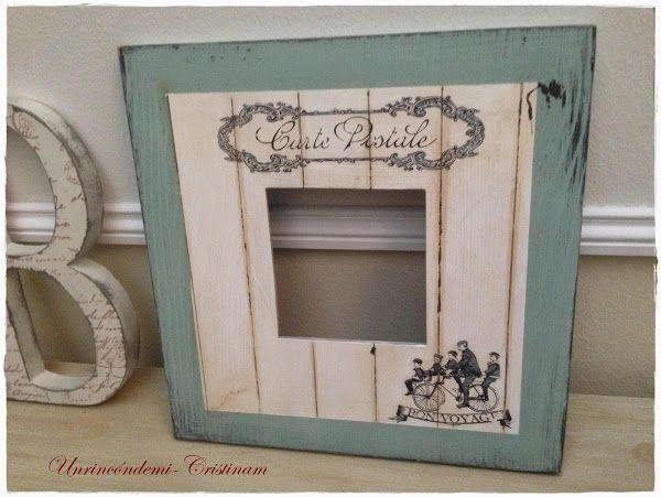 Un espejo malma de ikea decorado con mucho encanto Marcos cuadros ikea