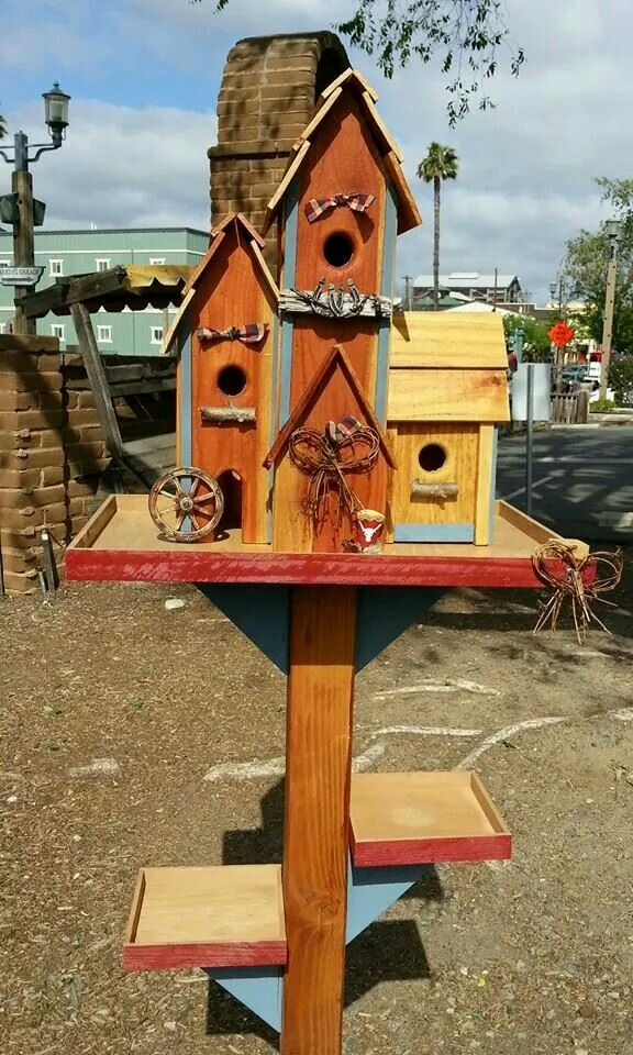 Birdhouse mansion