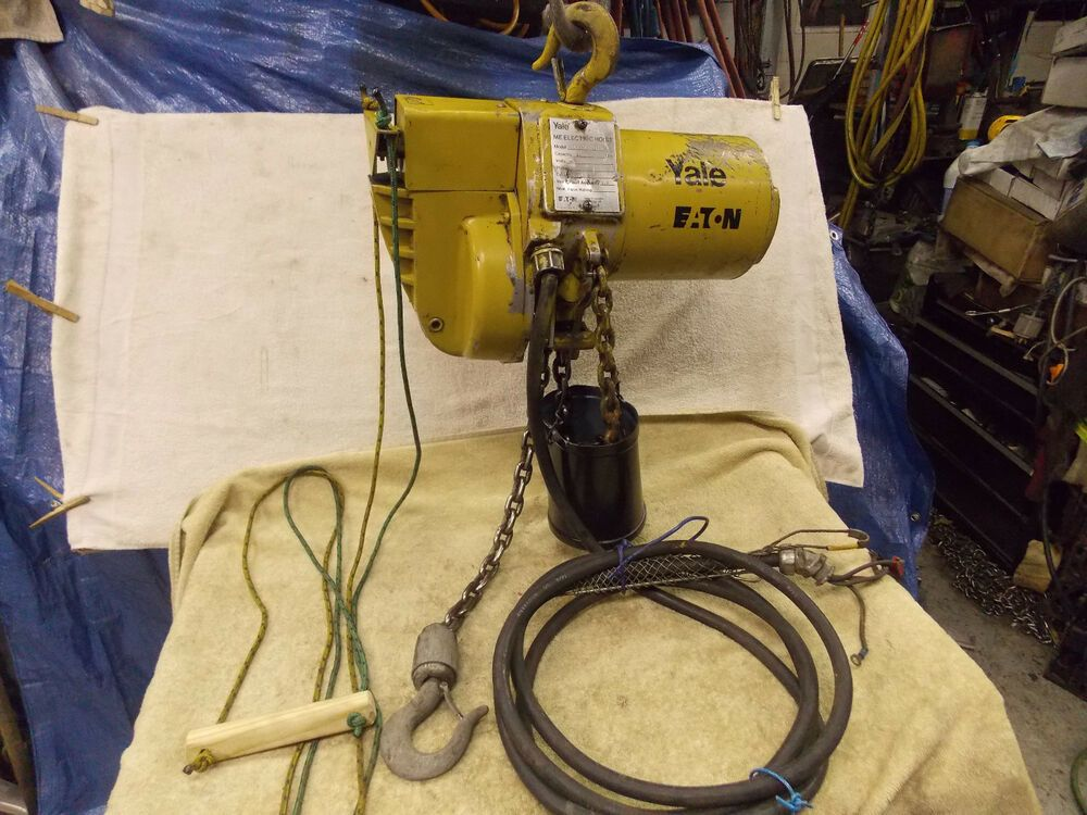Yale Electric Chain Hoist 1000 Lb 1 2 Ton 230v 3 Ph 11 Feet Lift 12 Power Cord Hoist Power Cord Things To Sell