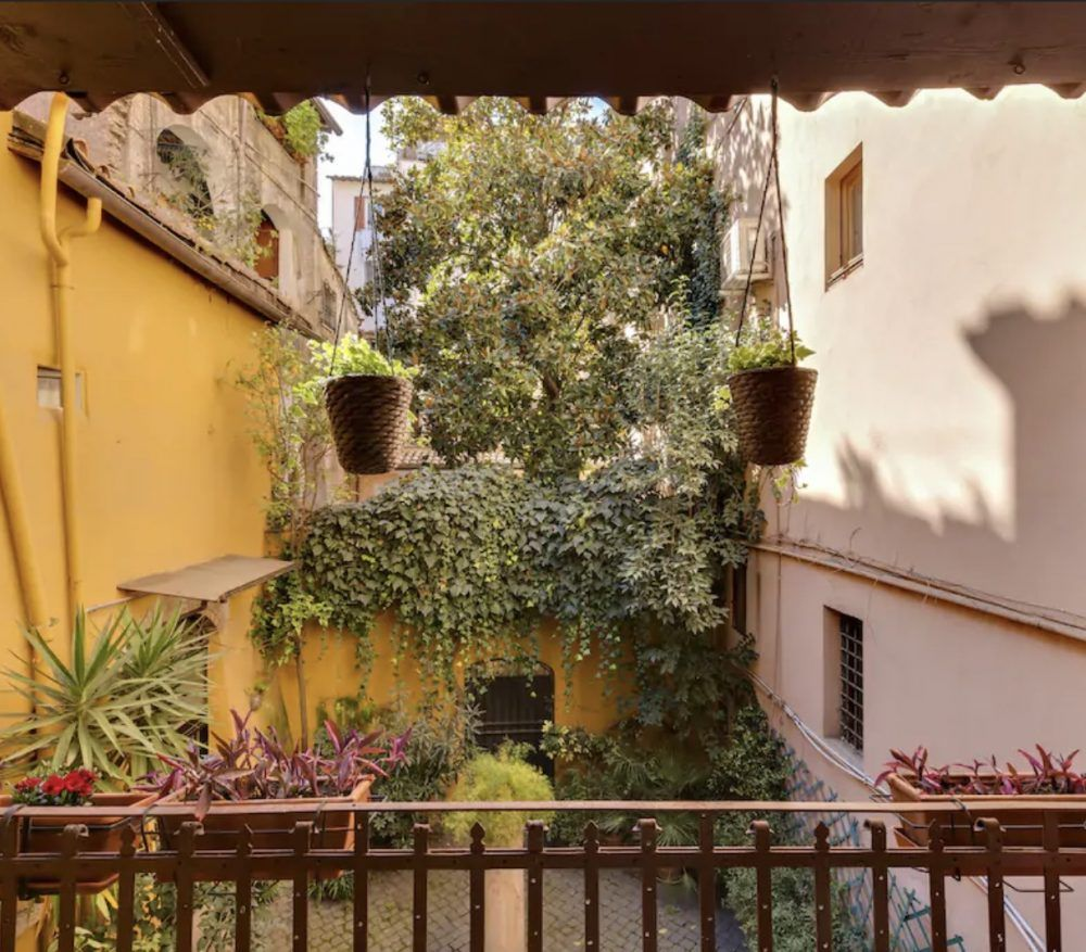Richdale Apartments: 10 Airbnbs With A Terrace In Rome