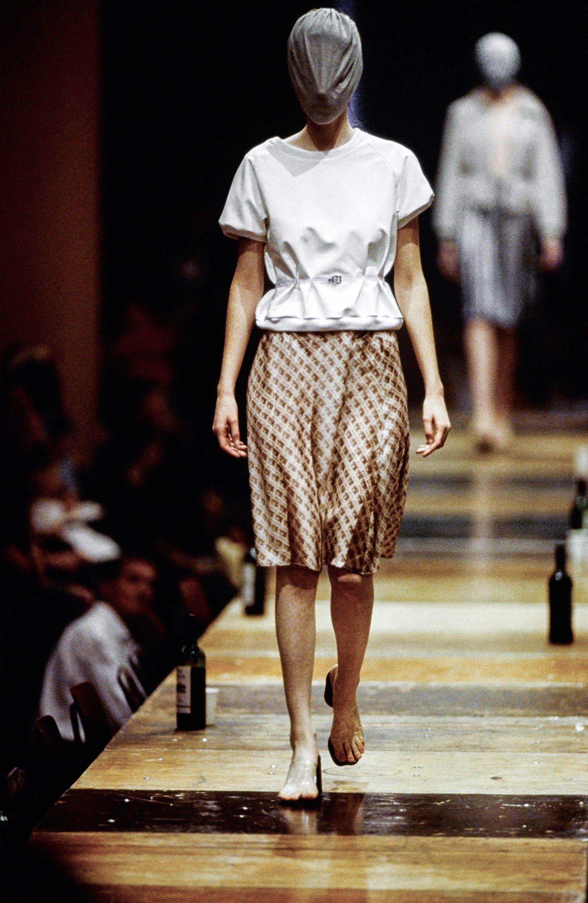 Maison Margiela Spring 1996 Ready-to-Wear Collection Photos - Vogue