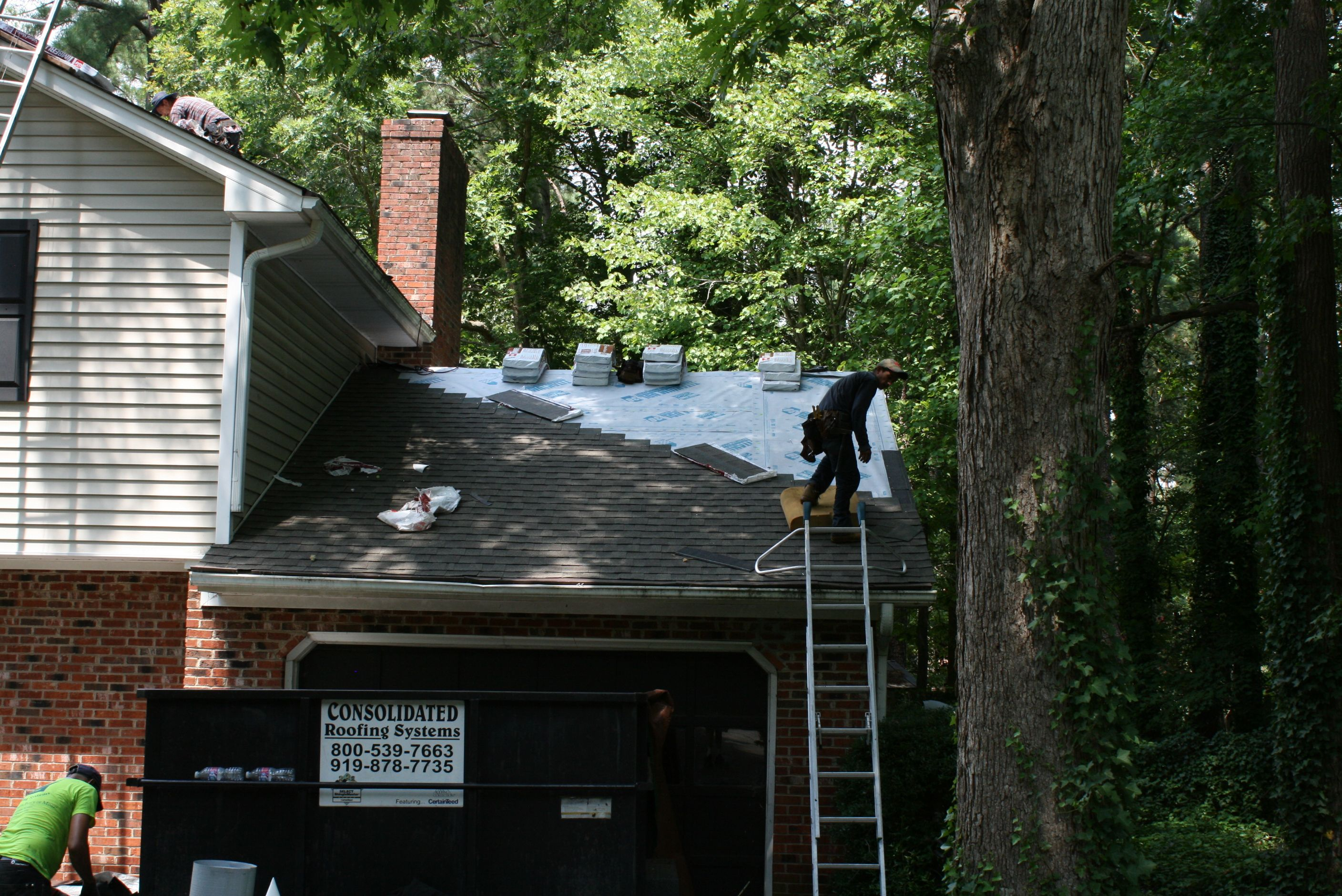 Best Residential Re Roofing By A Crs Crew In Cary Nc This Is 640 x 480