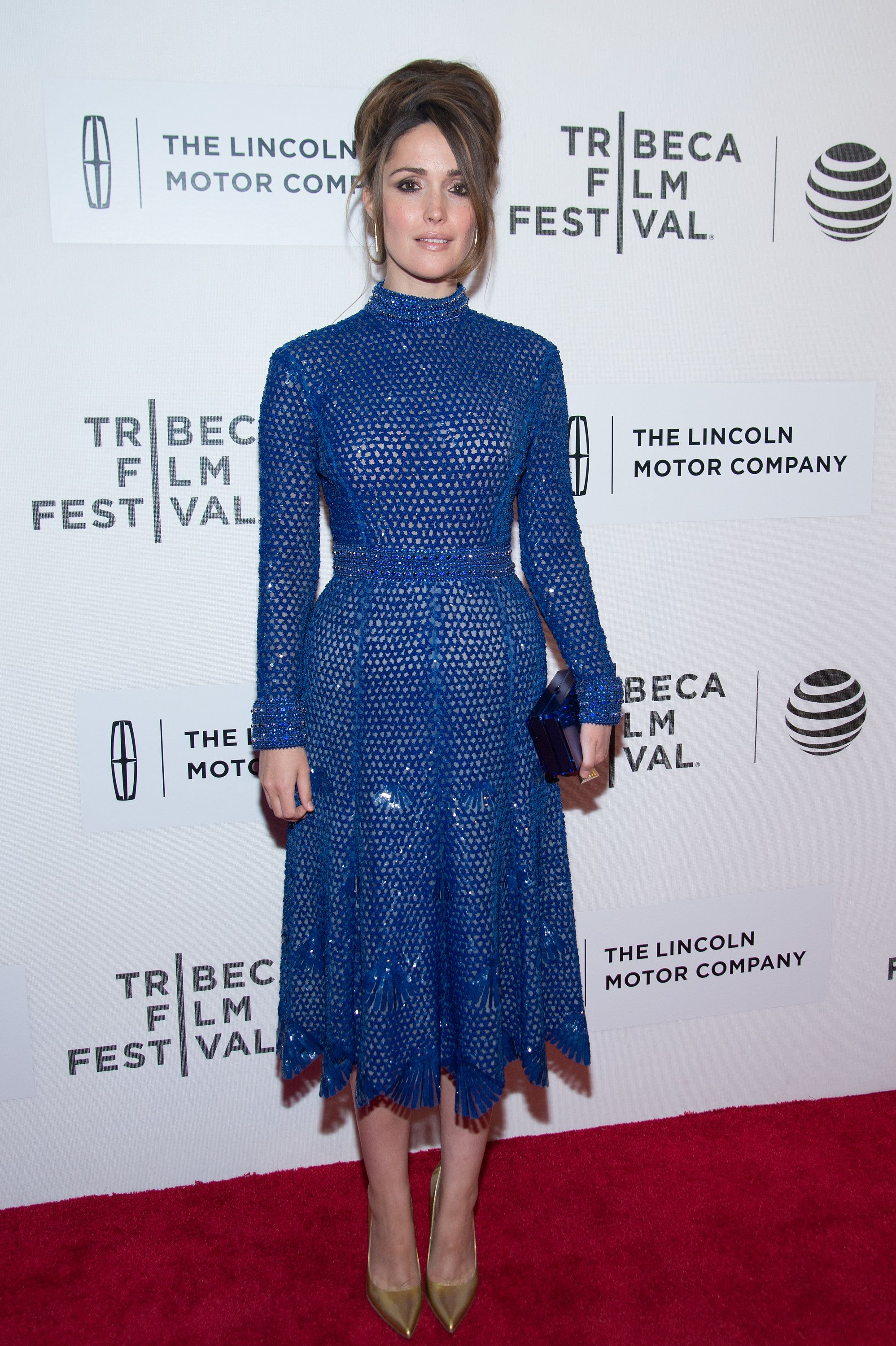 Rose Byrne Came Up Big On The Glamour In Her Sparkly Blue Dress [ 3000 x 1997 Pixel ]