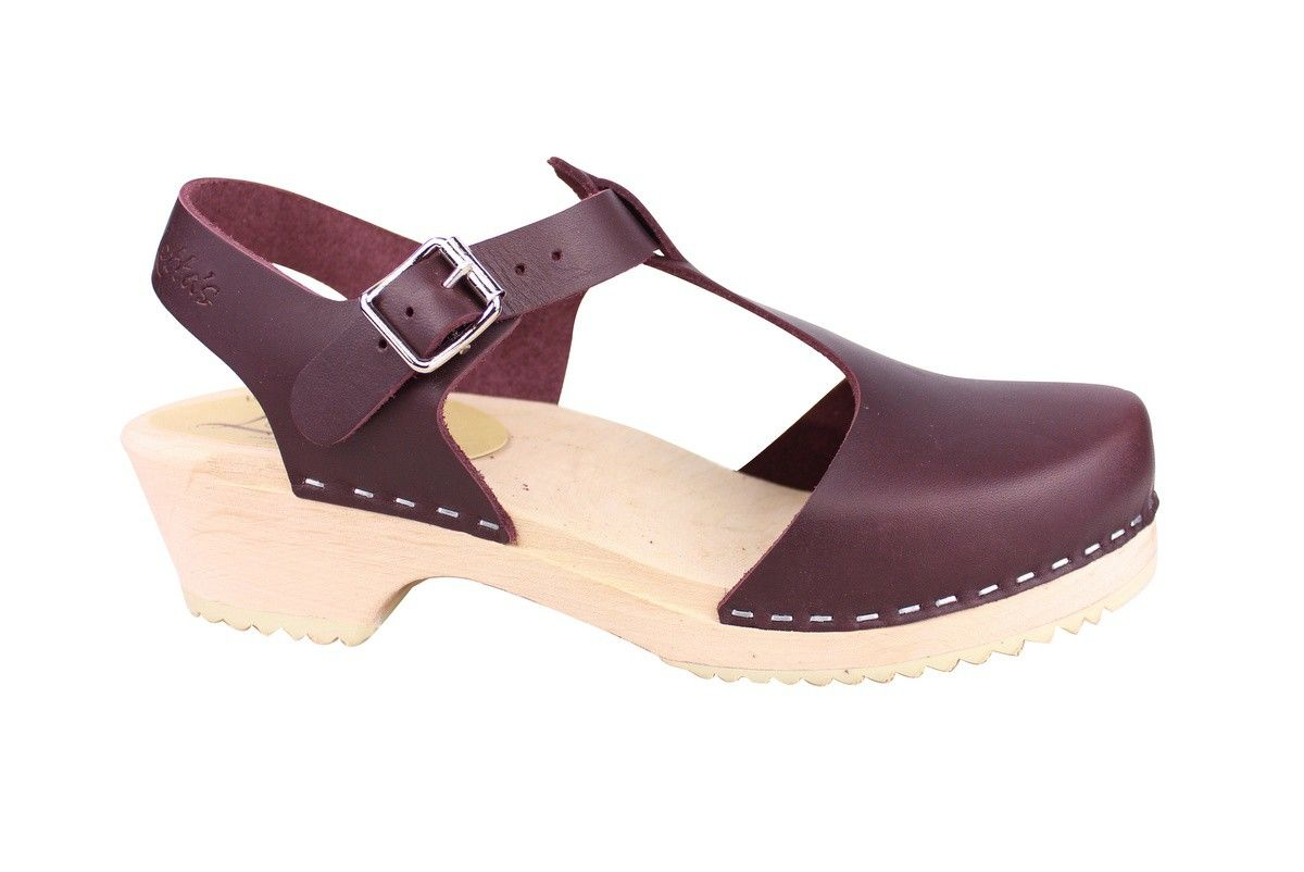 4fa889ff2b8b Lotta From Stockholm Womens Low Heel Closed Toe T Bar Clogs in aubergine  leather