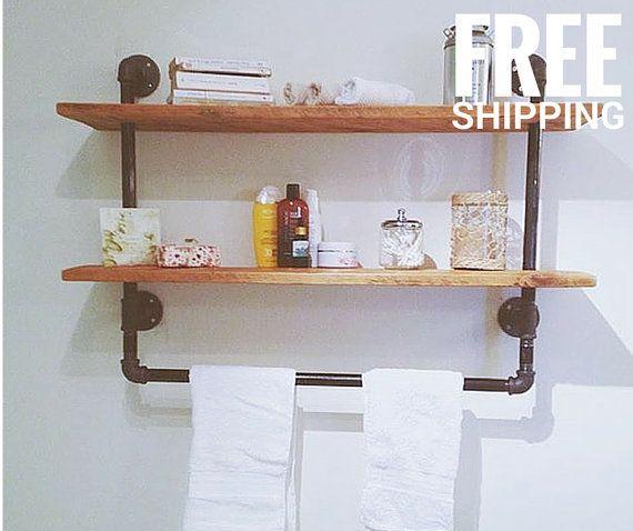 tag re murale en bois recycl avec tuyaux de plomberie. Black Bedroom Furniture Sets. Home Design Ideas