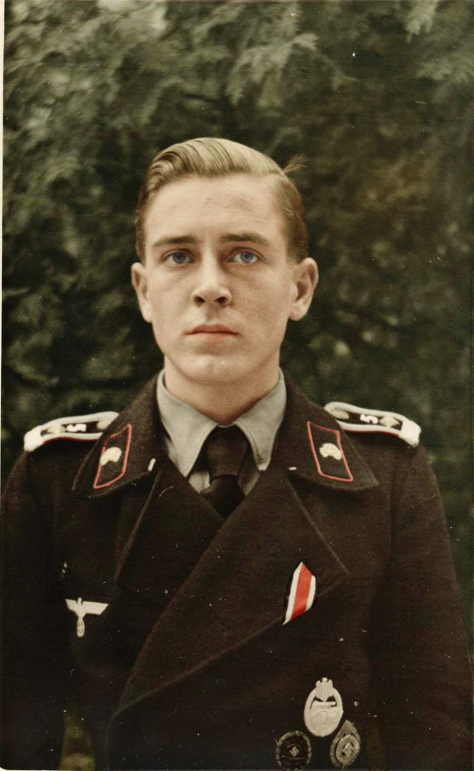 Pin By Raingun On Some New Staff Pinterest Wwii German Soldiers