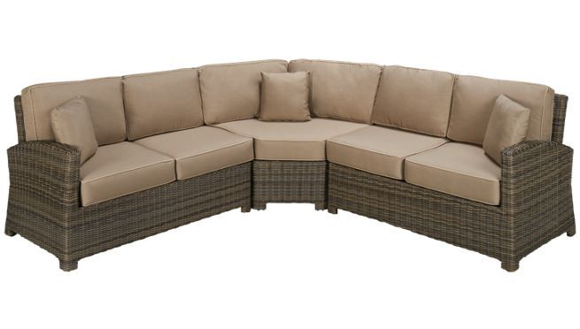 Cape May Wicker Bain Section 3 Piece Sectional With Cushions And Toss Pillows