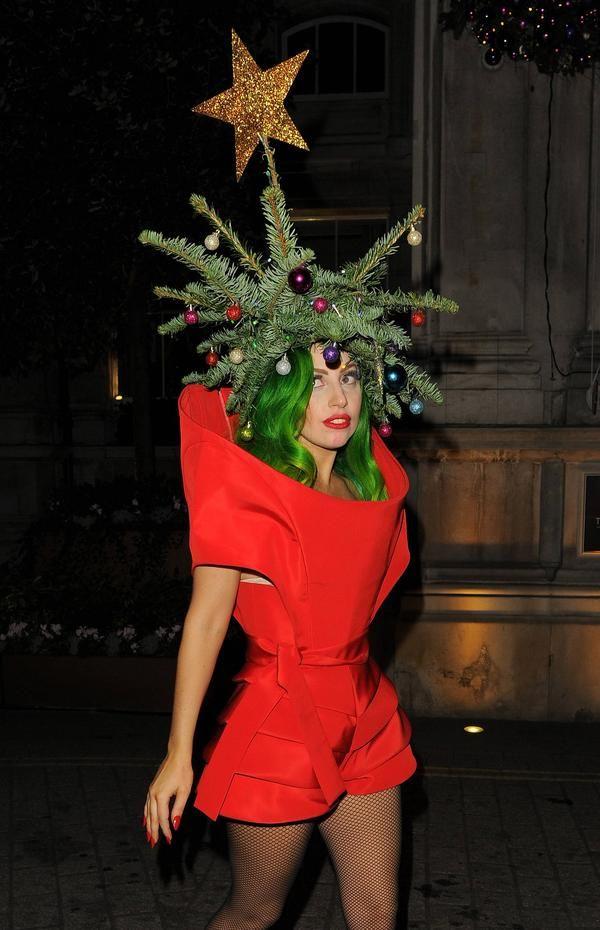 Famega Sighting Gaga S Christmas Tree Is Delicious Lady Gaga Gaga Celebs