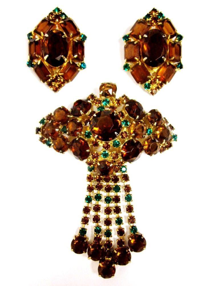 Vintage Amber and Green Rhinestones Gold Tone Dangle Pin Brooch Earrings Set