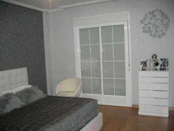 Combinacion de grises deco paredes pintura y vinilo for Pintura gris azulado pared