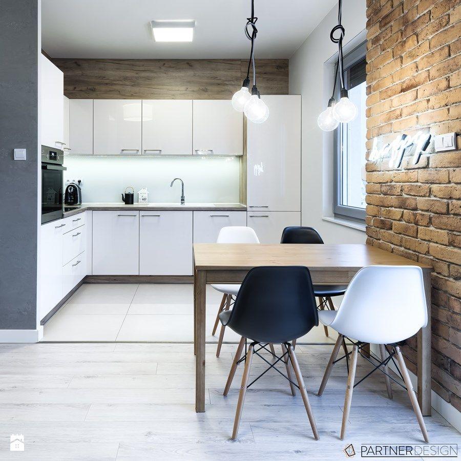 Dachboden über küchenideen kawalerka  kuchnia styl skandynawski  zdjęcie od partner design