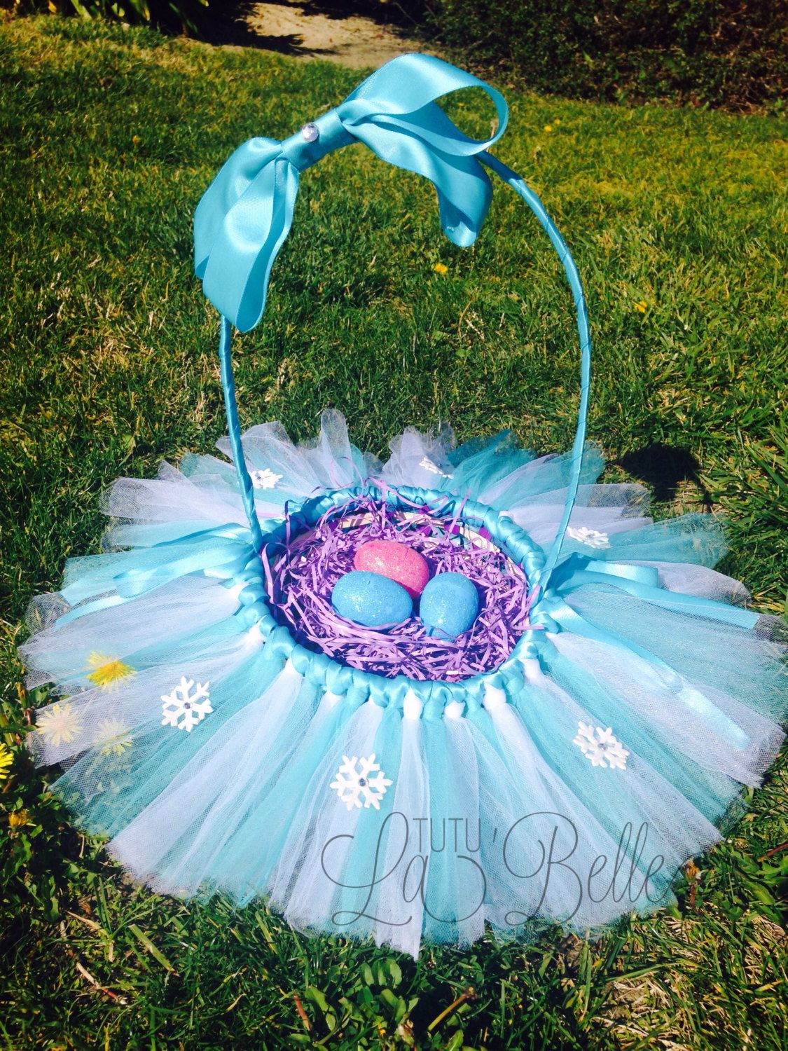 Frozen inspired easter basket by tutulabelle on etsy httpswww frozen inspired easter basket by tutulabelle on etsy httpsetsy negle Images