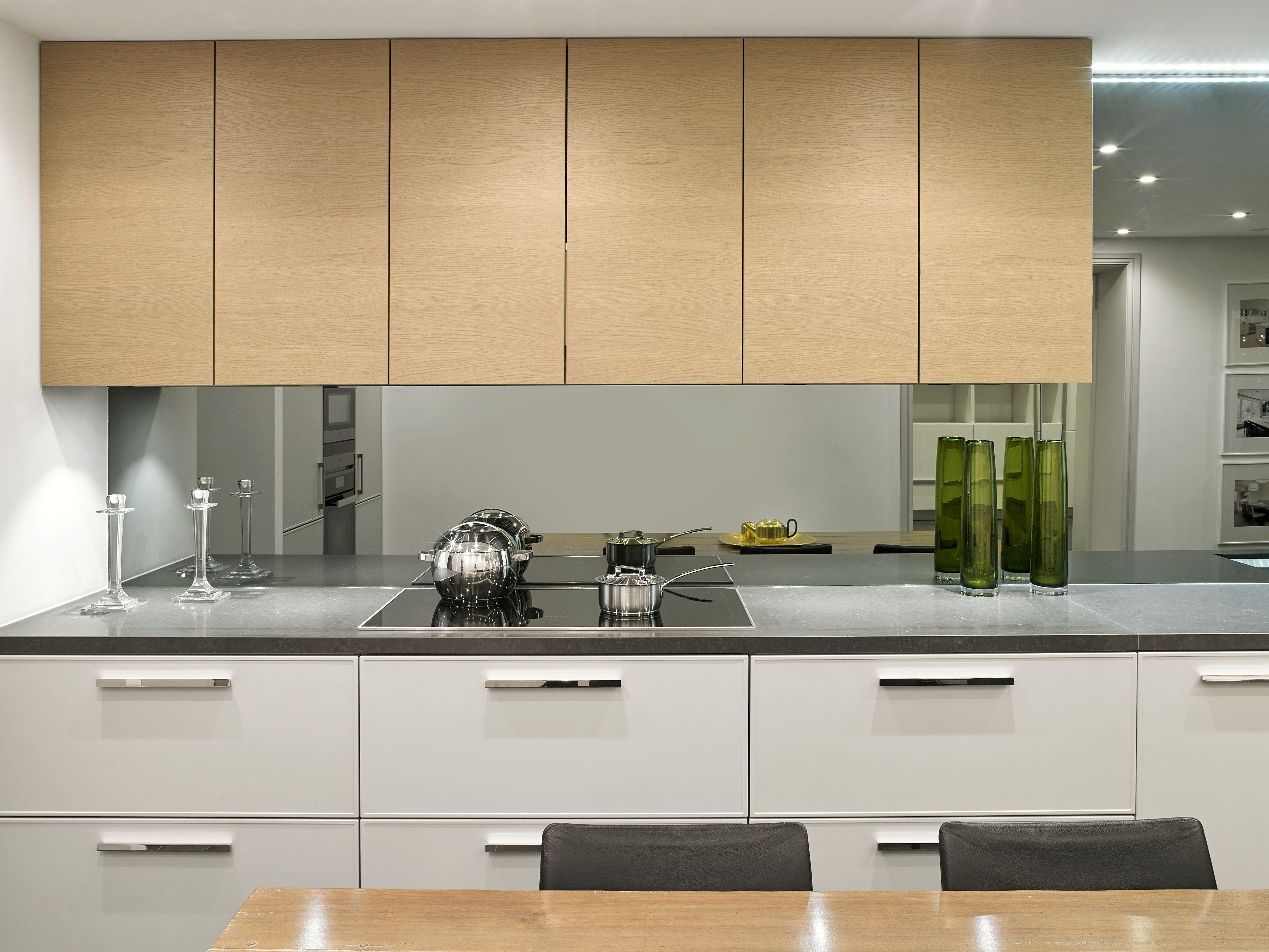 Systemat Range - Light Grey Lacquer matt cabinetry - Light Oak ...