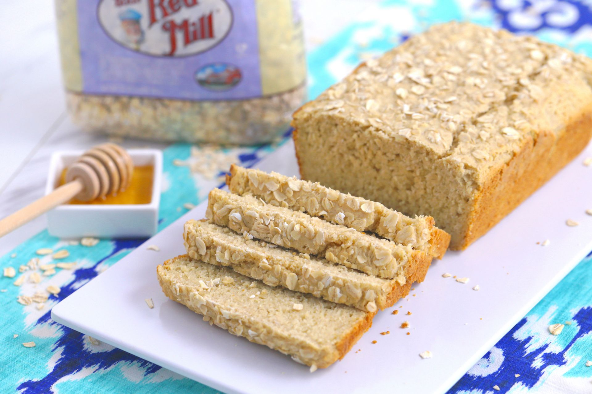 Oat My Goodness This Honey Oat Bread Recipe Is Just As Delicious As It Looks Plus Every Sl Gluten Free Honey Oat Gluten Free Honey Oat Bread Oat Bread Recipe