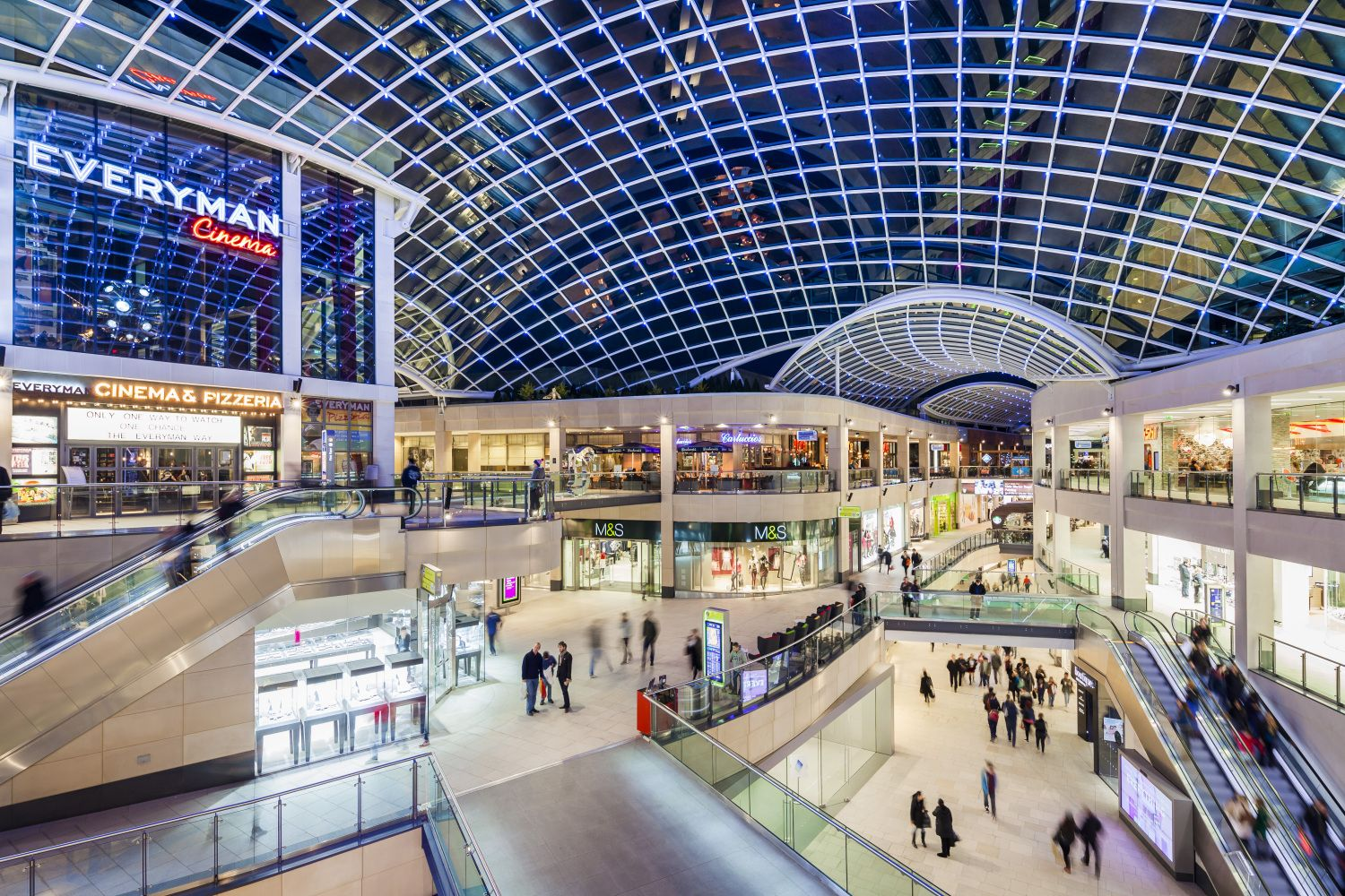 Bielefeld Shopping Trinity Leeds Uk Retail In 2019 Leeds Shopping Center