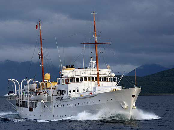 Norwegian Royal Yacht. Facts & figures:  Length (overall): 80.2 metres Breadth: 11.6 metres Depth: 4.7 metres Gross tonnage: 1,700 tonnes  Maximum speed: 17 knots Cruising speed: 14 knots Range: 6,500 nautical miles  Home port: Oslo Call sign: LAMA Main class: 1A1 Yacht Engines: Two 1,760-hp Bergen diesel engines  Built by: Camper & Nicholsons Ltd, Gosport, England, 1937