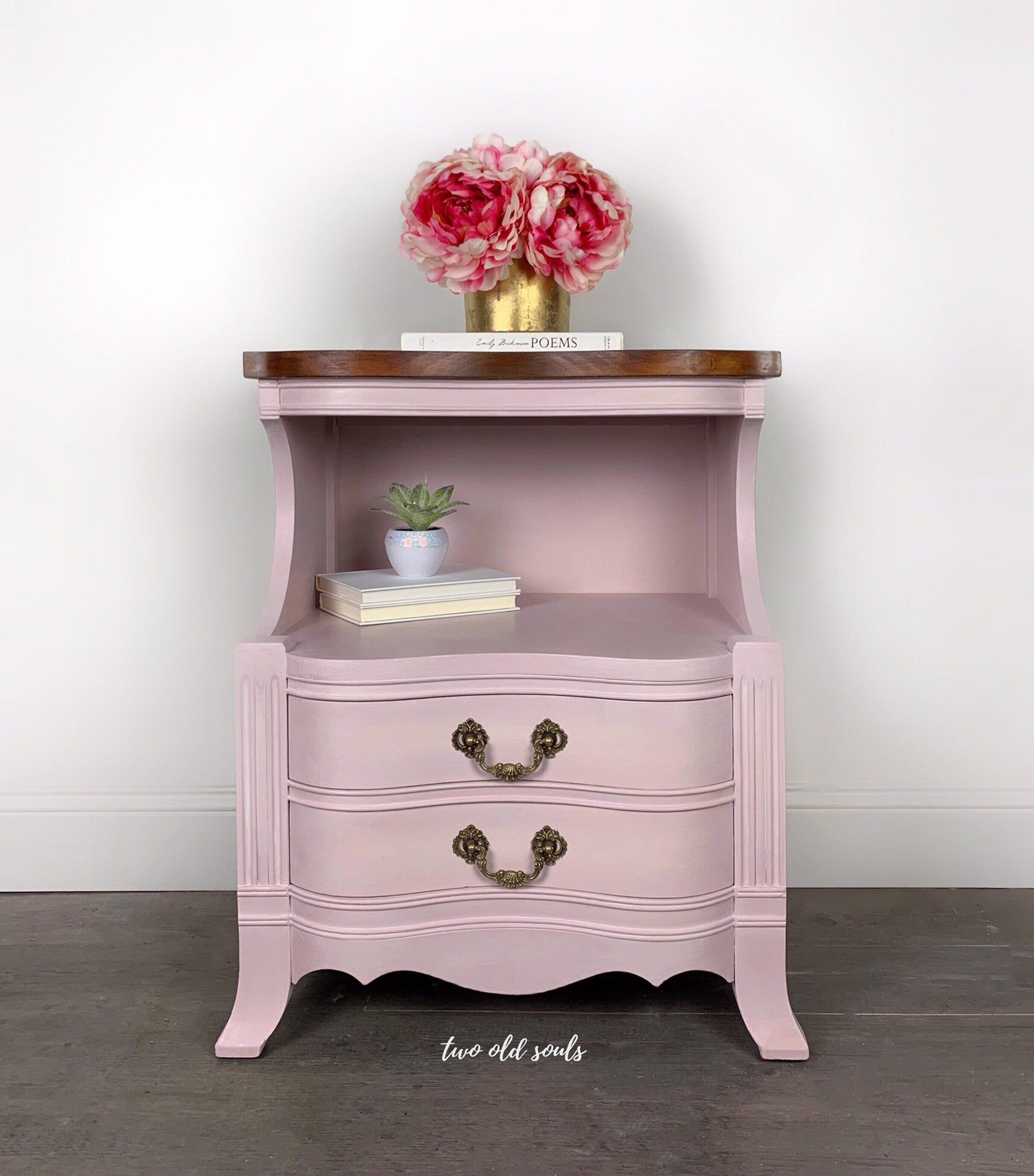 competitive price f8f60 5315c Pink French Provincial Styled Pink Nightstand or Sidetable ...