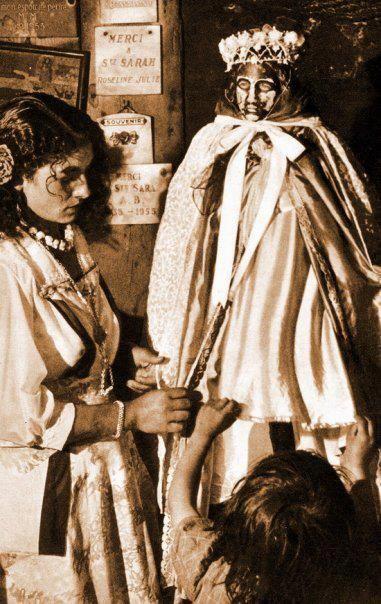 Vierge Noire Sara Saintes Maries De La Mer Bohemiens