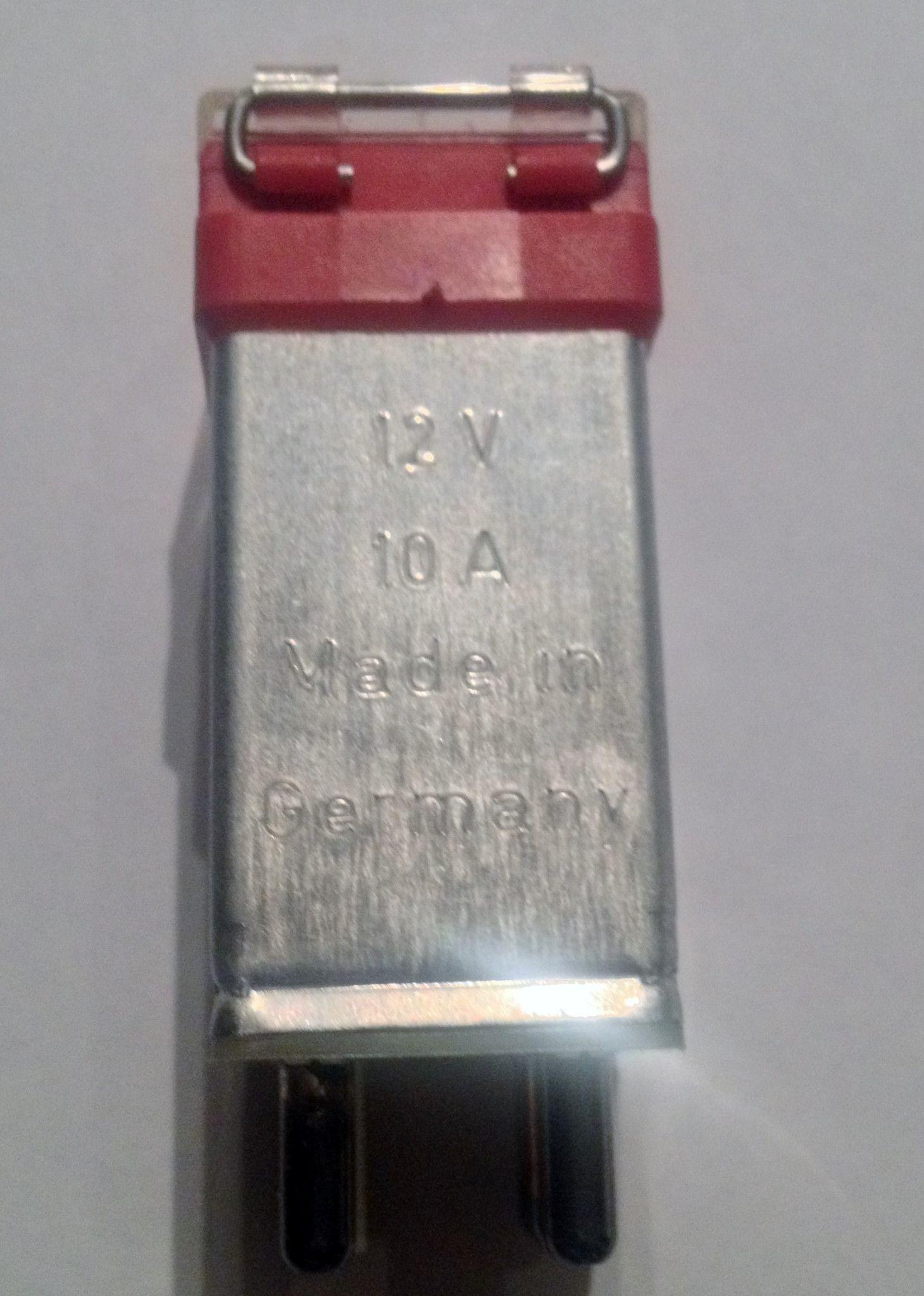 medium resolution of new genuine mercedes benz voltage overload safety fuse for fuel pump 280sl 280slc 380sl 380slc 500sl 500slc 560sl 300sd 380se 380sec 380sel 420sel 500sec