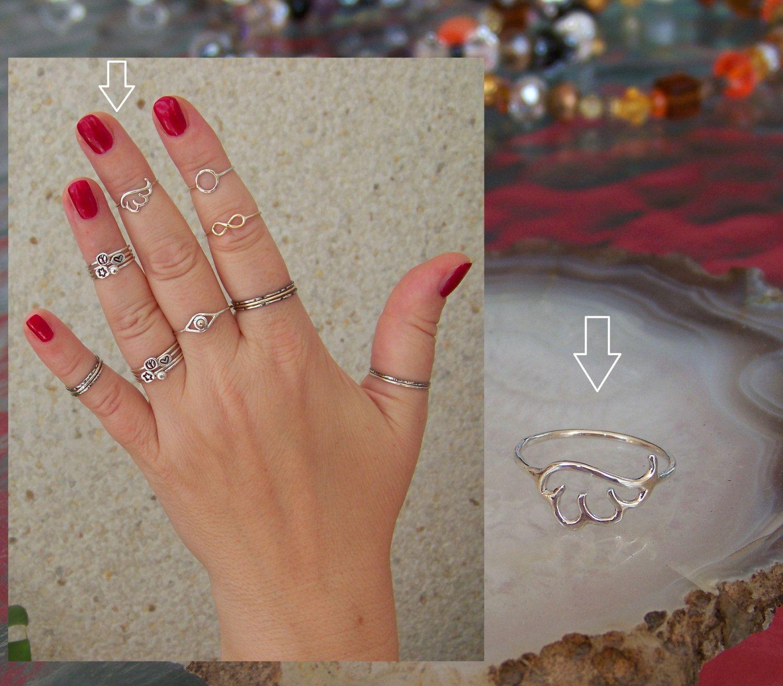 Stunning yet minimal sterling silver Skinny Elegant ring Angel Wing Midi ring Band Ring 925 Sterling Silver bridesmaid gift
